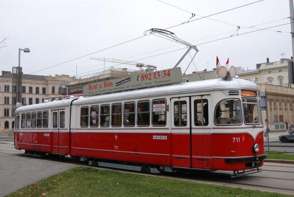 unser F-Triebwagen Nr. 711 für die Kabarett-Bim