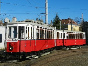 K-Tramcar (with a trailer)