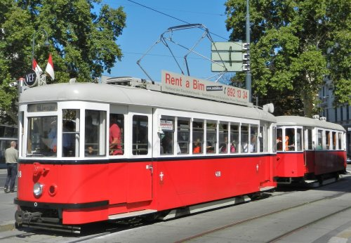 T1-Tramcar (with a trailer)